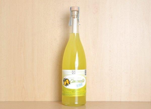 limoncello in venditao nline - bottiglia