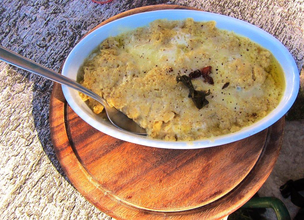 ricetta della polenta concia bergamasca