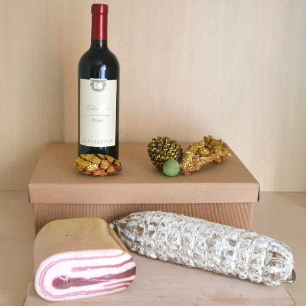 Gaiòfa: confezione natalizia con salumi e vini