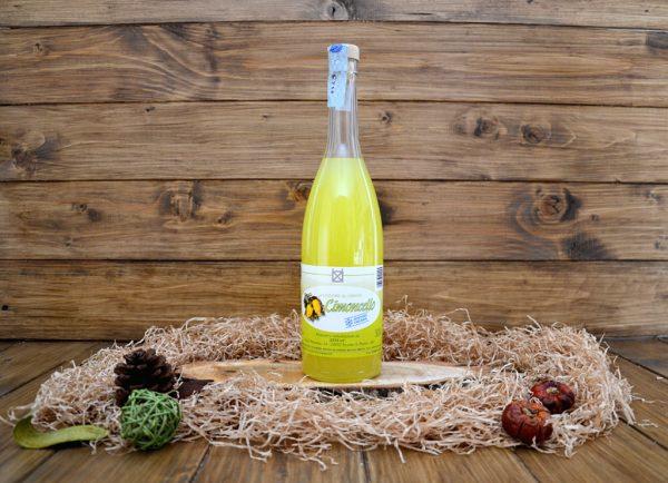 limoncello in vendita online - bottiglia